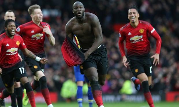 Romelu Lukaku strikes twice as Manchester United beat Southampton