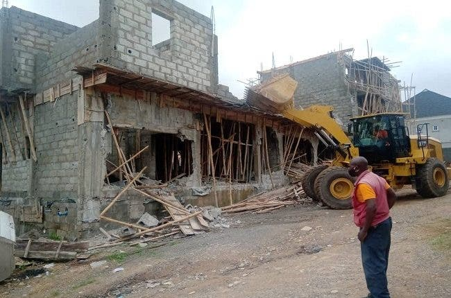 FCTA Demolishes 25 Illegal Structures