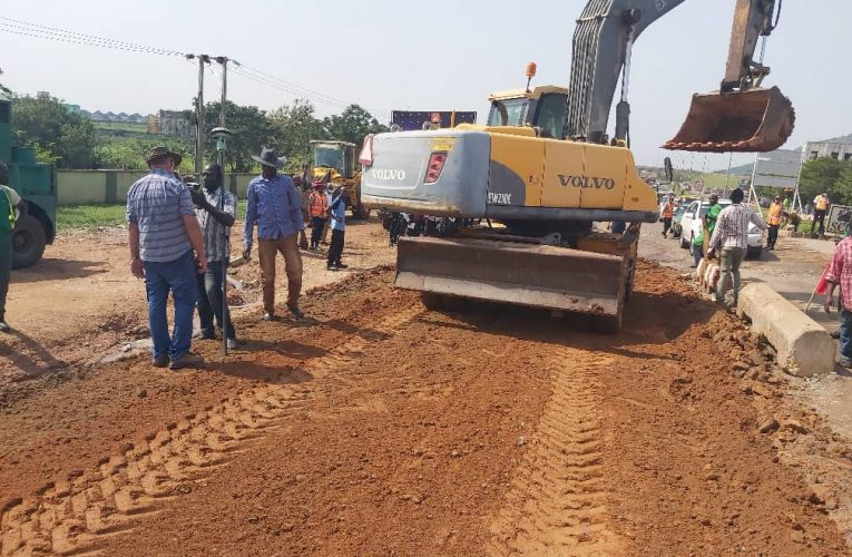 Contractors working on the Dutsen-Alhaji Road, Abuja As Directed By The FCT Minister Malam Muhammad Musa Bello